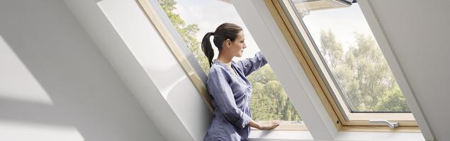 Okna dachowe Velux – wygoda otwierania okien na poddaszu